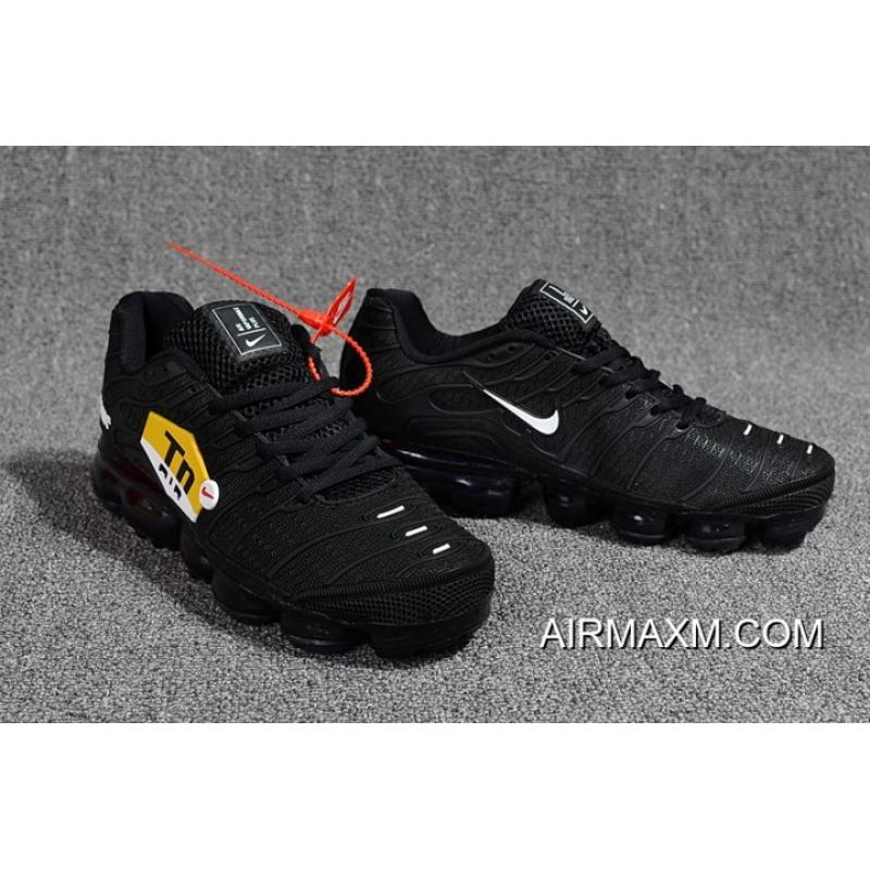online store e30d1 63044 New Style Nike Air VaporMax Plus All Black