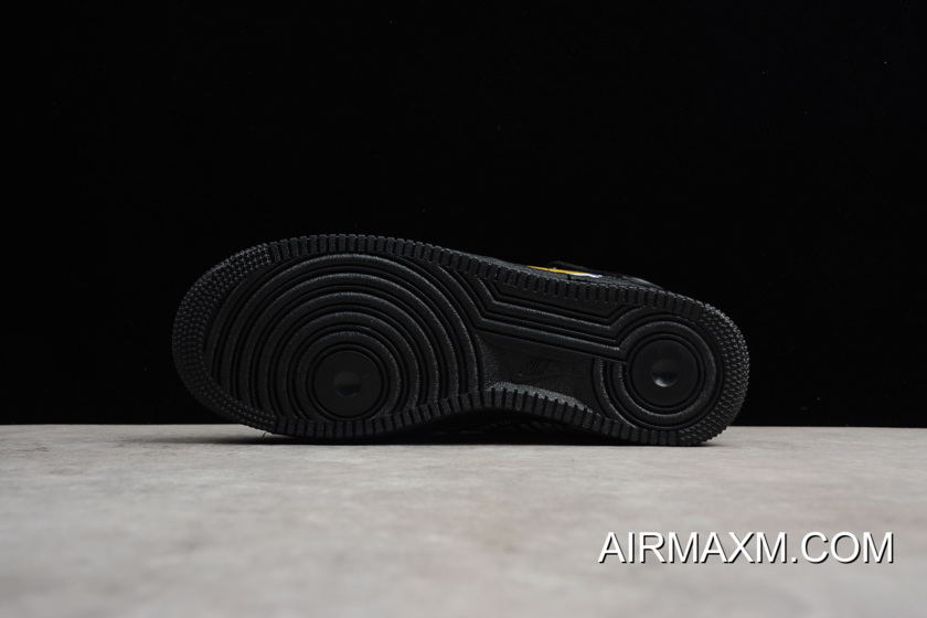 low priced 00d1b 4baa5 Authentic Supreme X NBA X Nike Air Force 1 Mid Black AQ8017-001 Men s Size